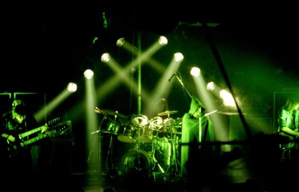 band-04-web